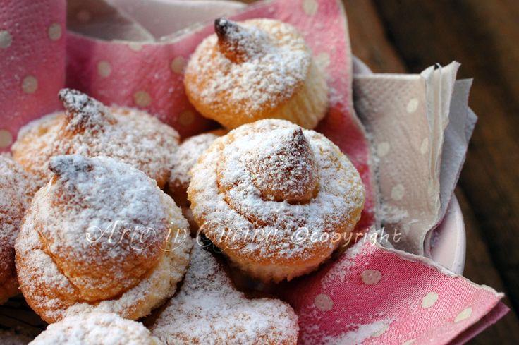 Sospiri di Altamura, dolcetti facili e veloci, crema pasticcera, ricetta dolci mignon, finger food dolce, ideale per feste e buffet, si preparano in anticipo