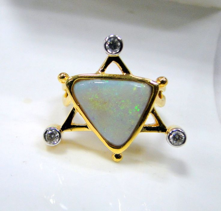 opal ring Star Design 18 K solid gold Opal Diamond gemstone Ring
