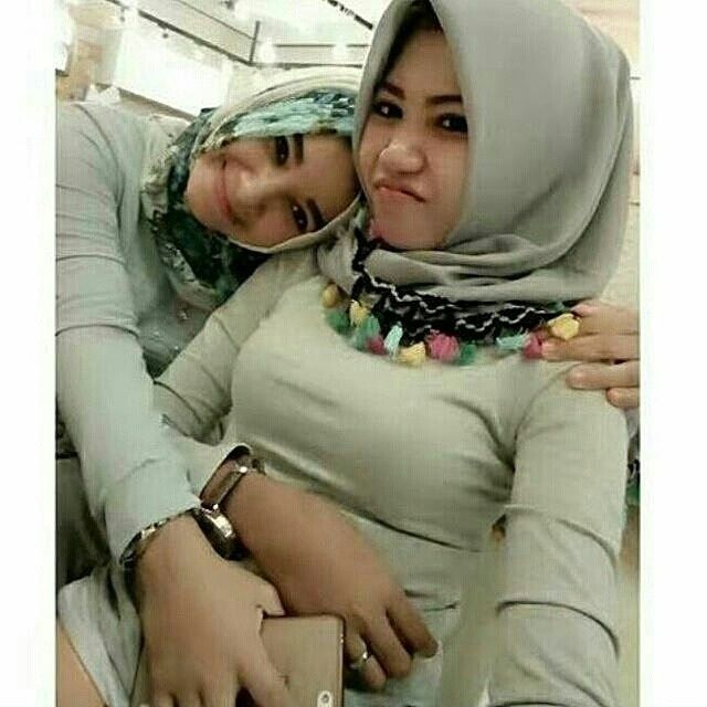 Selamat istirahat sob. . .  Follow  @hijaboobs_  Follow  @hijaboobs_  Follow  @hijaboobs_ . .  #tantejilboobs #wanitakekinian #hijaber #sexy #instawanita #ceweksexy #bidadariselfie  #jilbabimut #ceweindo #hijabers #igohijab #jilboobs #perempuanindonesia #cewekmandi #hijabdaily #cewekcantik #hot #hijaberkece #jilbabsexy #jilbabsexy #hijabstyle #toge #jilbabketat #jilbabhot #hijabstyleindonesia #tetekgede #jilboobscommunity  #jilboobindo #gadisacehh #gadisjawa #gadisindonesia