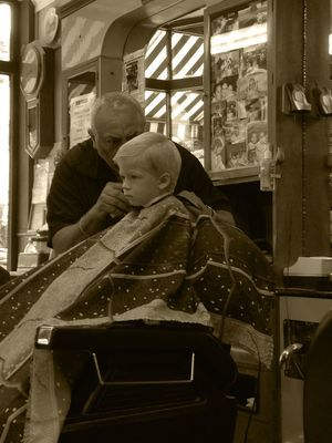Barber Shop Grapevine : ... about Mums on Pinterest Barber chair, Doc martens and Barber shop 2