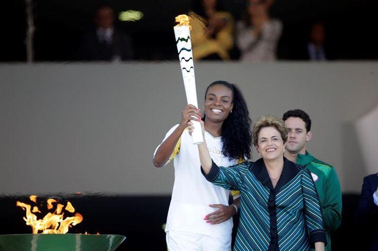 La llama de las Olimpiadas Río 2016 llega a Brasilia
