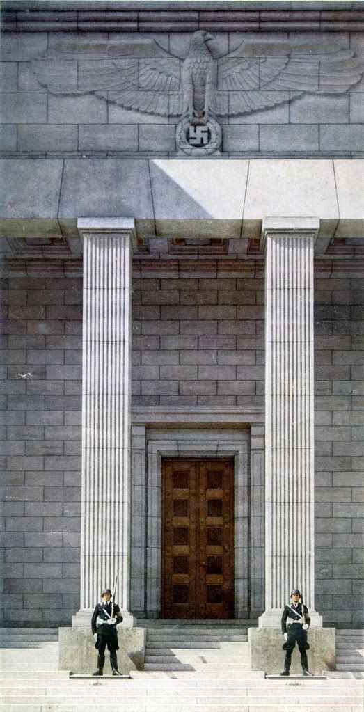 destructionisnotnegative:  Die Neue Reichskanzlei- Albert Speer What an entrance…