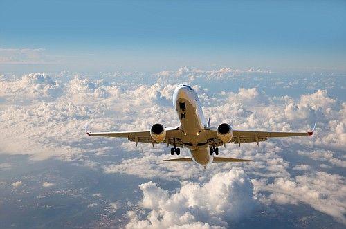 Авиабилеты за рубеж подешевеют на 3%