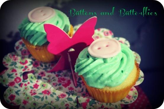 Dumbledore cupcakes - custom made for a designer's party. www.ibakeyourpardon.com