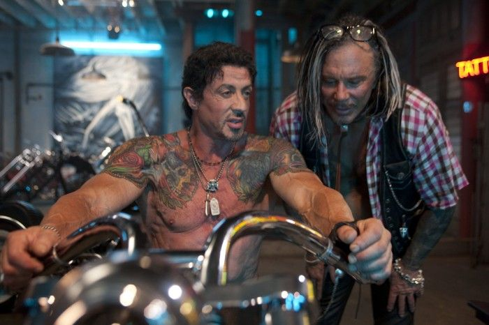 Sylvester Stallone y Mickey Rourke en The Expendables