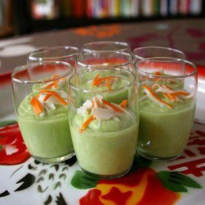 Verrines avocat, concombre et surimi : 40 recettes à l'avocat - Journal des Femmes Cuisiner