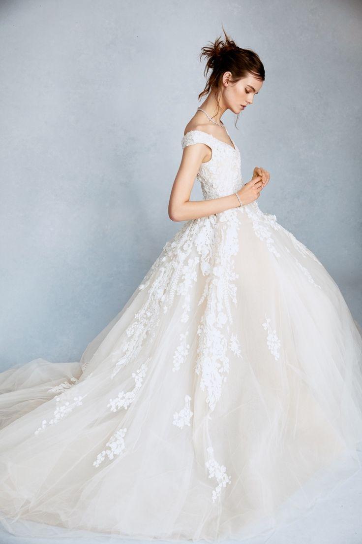56 best Bridal/Wedding Dresses images on Pinterest | Wedding frocks ...