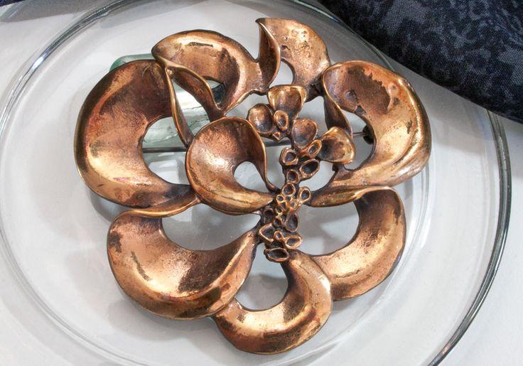 Vintage Broschen - Finnland Renmoosblüte Brosche 70er Jahre Bronze - ein Designerstück von Troedel-Dings-da bei DaWanda
