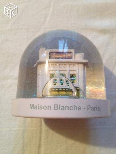 Boule à neige - Maison Blanche Paris #chrisdeparis 16€
