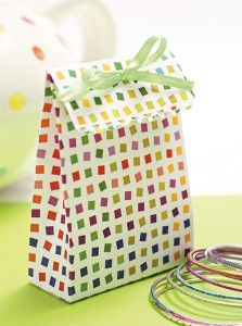 Creative Company | Boxes Galore: Jolly gift bag