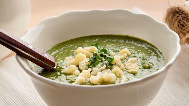Zelená polievka skrupicovými haluškami