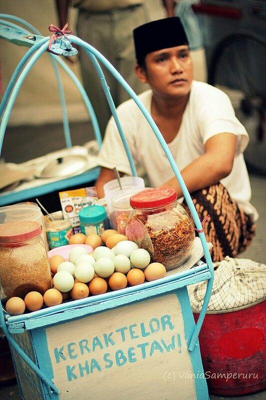 Kerak telor Indonesia ( I like this pic much )