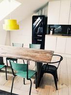 Scandinavisch industrieel interieur - lente - kleur - fris - wit - zwart