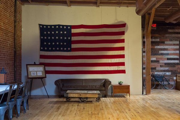 Blood & Champagne » 50 WAYS TO DISPLAY AN AMERICAN FLAG