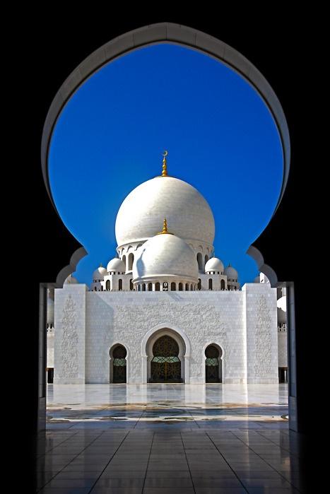 Abu Dhabi: Grand Mosques, Sheikh Zay, Places Our Amazing, Window, Islam Style, Arches, Abu Dhabi, Travel Destinations, Zay Mosques