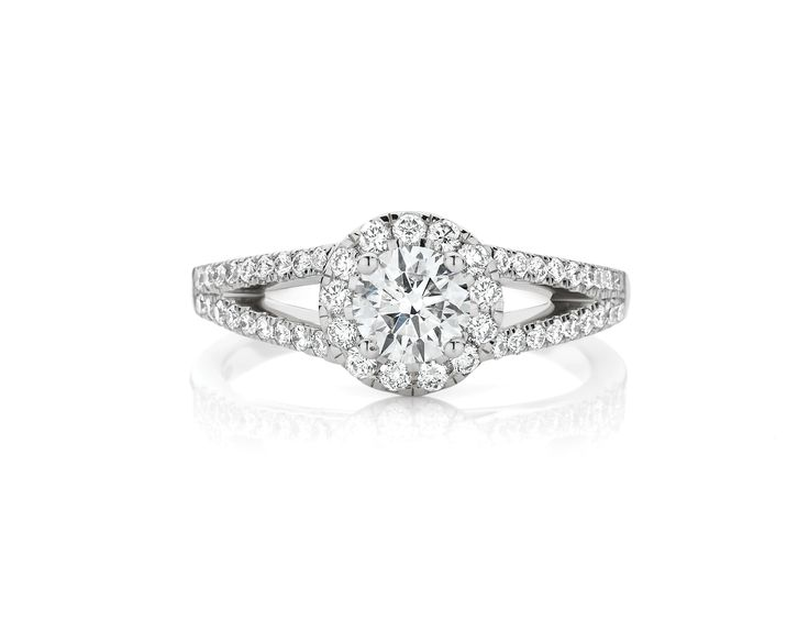 Spectacular 18ct White Gold engagement ring - 0.90ct of Diamonds. Includes 0.50ct CanadianFire Centre Stone $6999