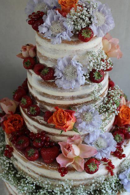 Een hele mooie naked cake voor een vintage bruiloft