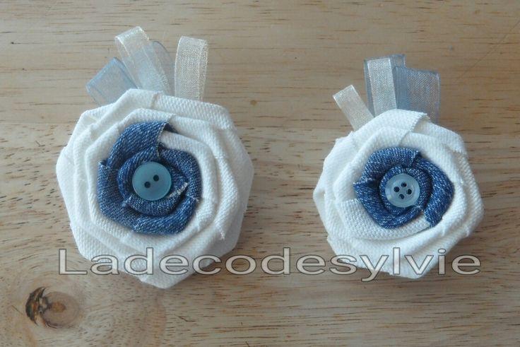 Boutonnières en Jean et tissu Blanc http://Ladecodesylvie.fr #mariage #wedding #bleu #blanc #mariage #bouquet #mariée #fleurs #flowers