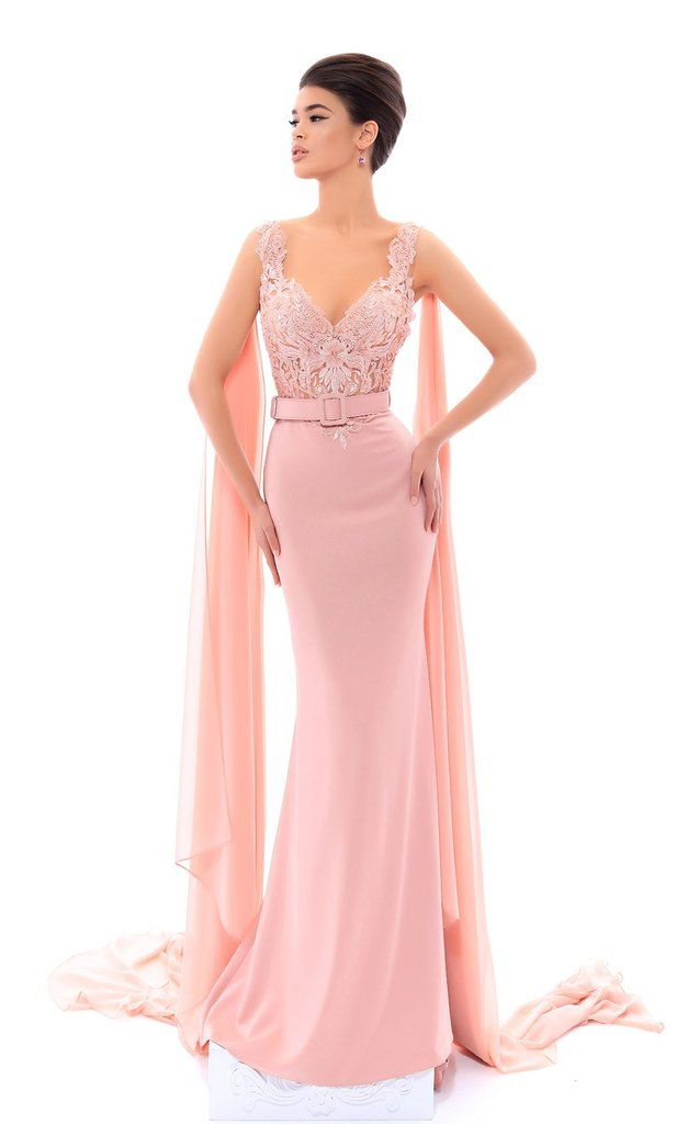 112 best gio 2019 images on Pinterest | Evening gowns, Formal prom ...