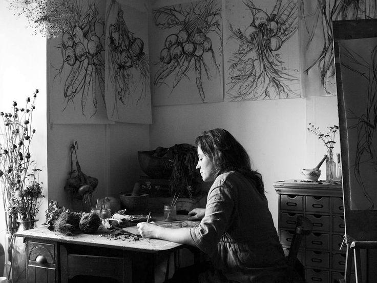 NATASHA CLUTTERBUCK, ARTIST, SOMERSET, ENGLAND  -  Photography   Andrew Montgomery