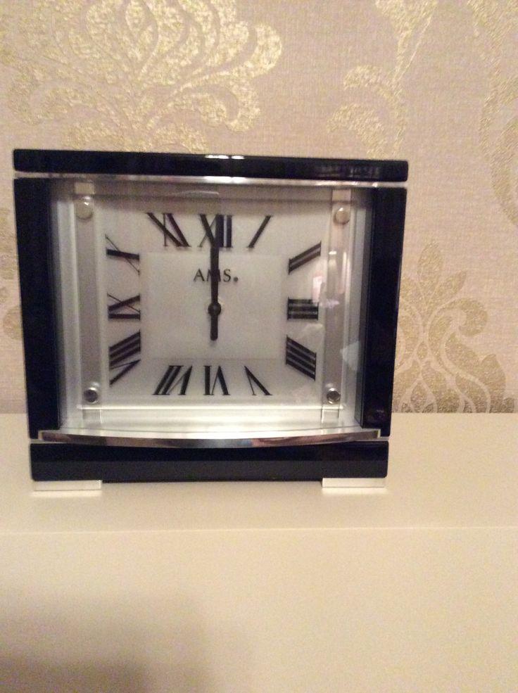 AMS clock