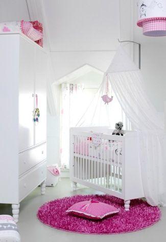 Een roze #vloerkleed voor in een echte #meisjeskamer | A pink #carpet for a real girl's #kidsroom