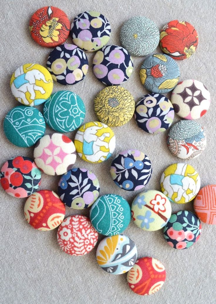 Use up your fun and funky fabric scraps with this fun and simple DIY Scrap Magnet project!