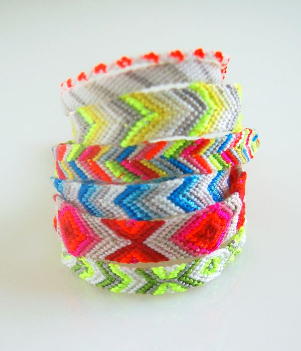 Friendship Bracelets - the purl bee: Ideas, Friendship Bracelets Patterns, Friendshipbracelet, Neon Colors, Friendship Bracelets Tutorials, Kids, Diy, Crafts, Purl Bees