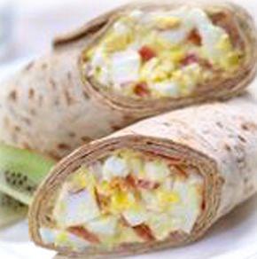 Bacon, Egg Salad Flatout Wrap    300 Calories ● 26g Protein ● 20g Carbs ● 9.5g Fiber ● 16g Fat