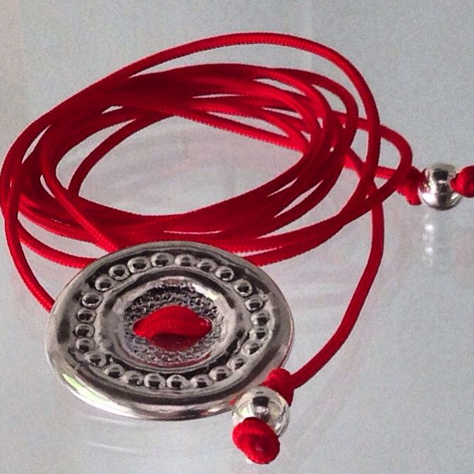 Solid silver gift button. Bracelet/chocker