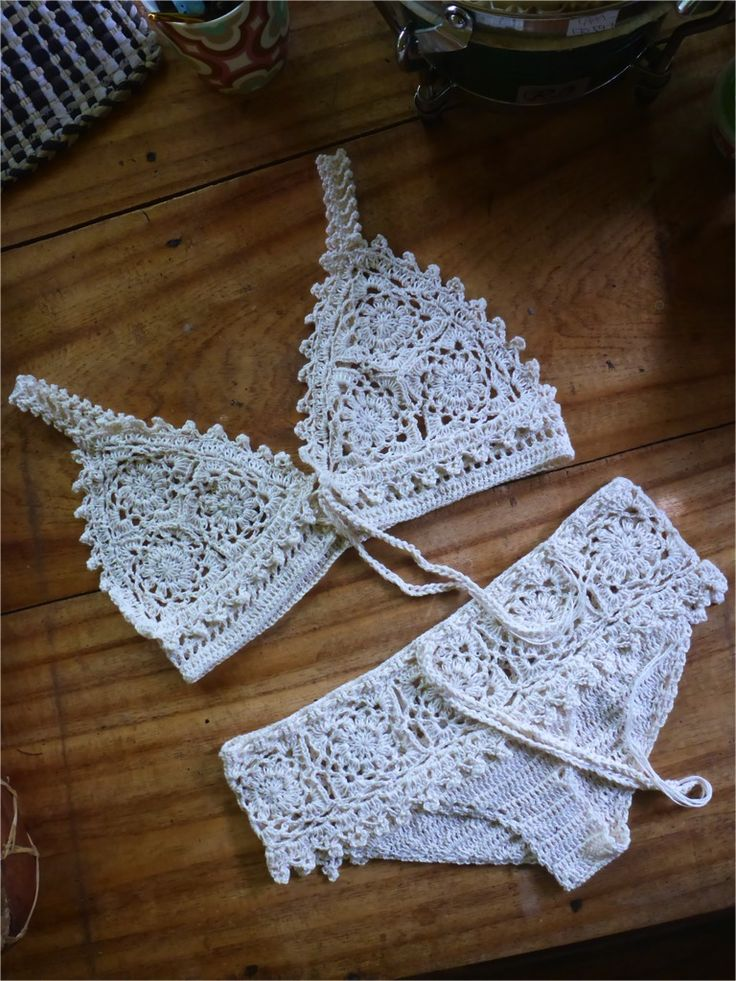 BRALETTE AND UNDERWEAR crochet pattern