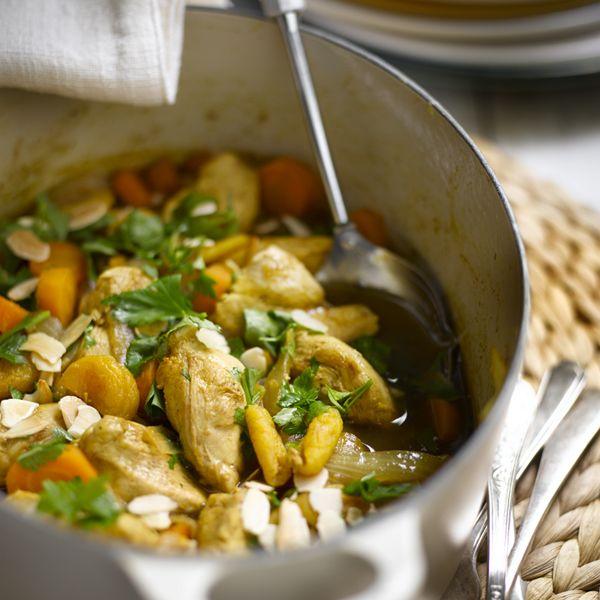 Tajine de poulet aux abricots et aux amandes | Recette Minceur | Weight Watchers