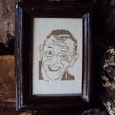 Broderie portrait henri salvador au point compté et lancé
