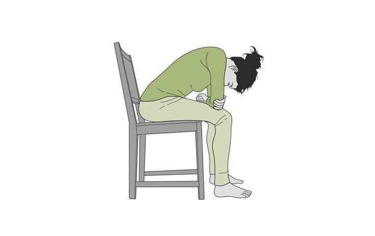 4.Comment faire du yoga sur une chaise et en finir avec le mal de dos – metronews