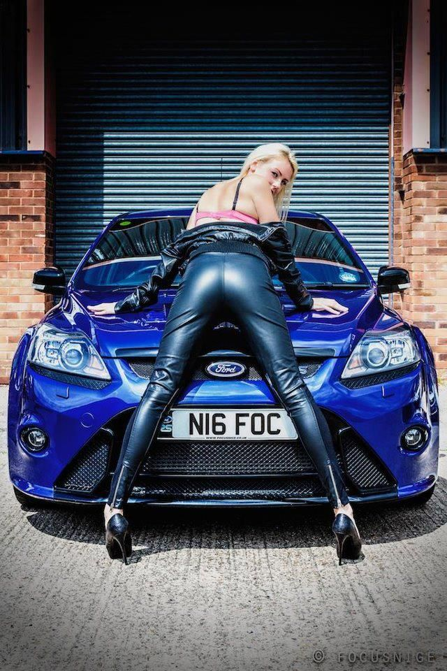 ford focus girl