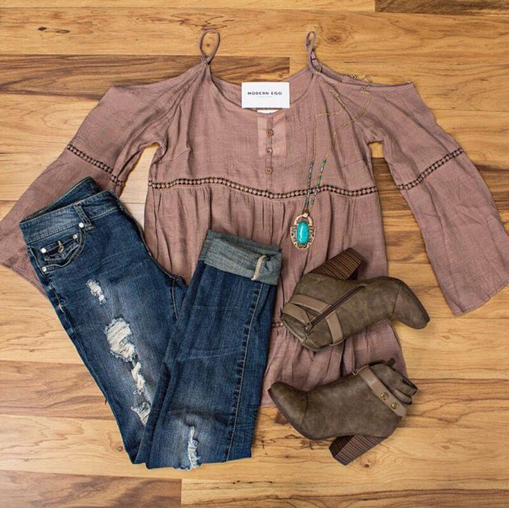 Destroyed skinnys', boho shirt, boots, turquoise necklace