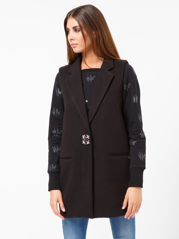 GILET SLEVLESS #metjeans #met #jeans #style #fashion #woman #apparel #accessories #fall #winter #collection #shopping #online #black #coat