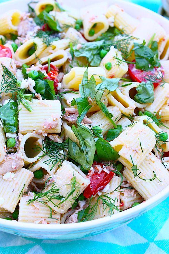 Pastasalade met tonijn, sardines en tomaat - Francesca Kookt