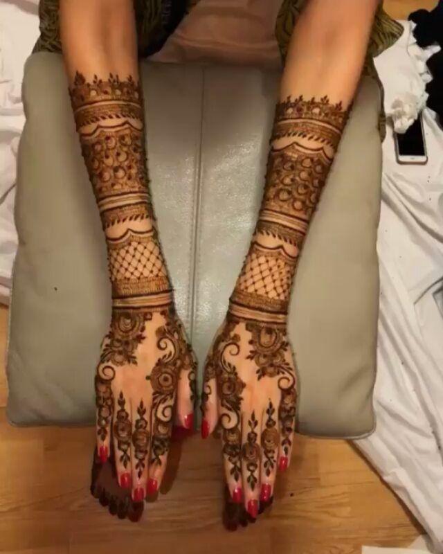 By Sumaira Mendhi Henna Hennart Mehndi Mehndiart Mendhi Mehendi Mehendiart Hennaartist Hennadesign Mehnd Mehndi Designs Henna Designs Henna Body Art