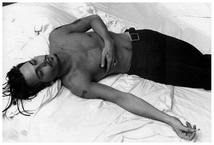 Johnny Depp by Annie Leibovitz, Vanity Fair, 1994 http://bit.ly/1voJV3U