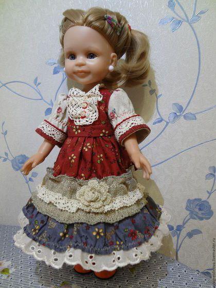 Купить или заказать Платье для куклы Paola Reina 32-34 см Крестьяночка! в интернет-магазине на Ярмарке Мастеров. Легкое, воздушное платье для кукол Paola Reina 32-34 см и им подобных. Платье выполнено из материалов разной фактуры: из 100% х/б американского, кружев х/б, джутовая лента праздничная, нитки 'Ирис' - цветочек. Очень красиво, игриво смотрится! Застегивается сзади на миниатюрные кнопочки. Все швы обработаны Куклы и обувь в комплект не входят. Одежда подходит для кук...