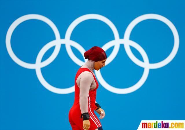 Atlet Tunisia dari cabang angkat besi, Ghada Hassine.