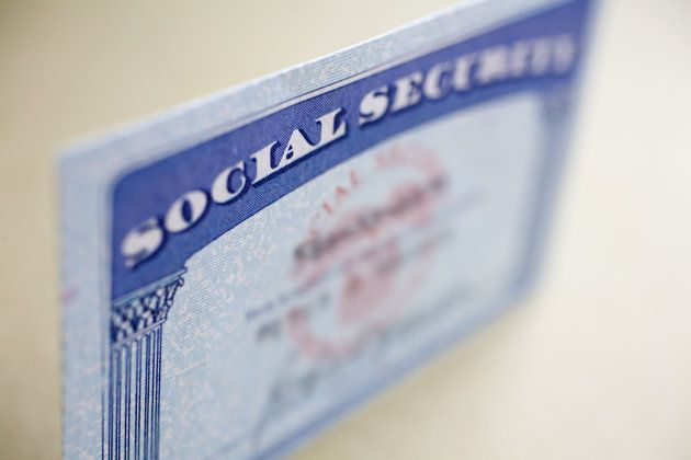 10 Things Everyone Should Know About Social Security.  Something handy to file away.