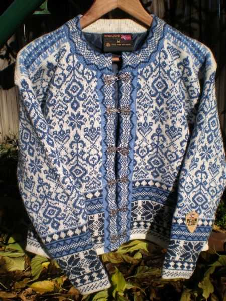 Windfjord Woman's Bergen Clasp Cardigan- Blue, for inspiration