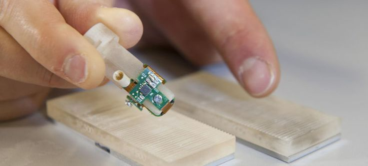 ThisBionic Fingertip Lets Amputees Feel Rough and Smooth