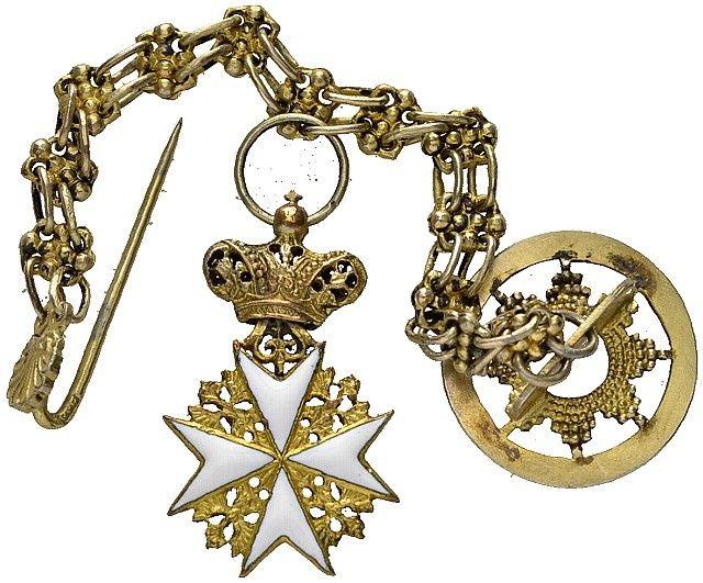 Miniature cross of a Knight of the Grand Priory of Austria and of the Grand Priory of Bohemia (Großpriorat von Österreich und Großpriorat von Böhmen). #OrderofMalta #SMOM