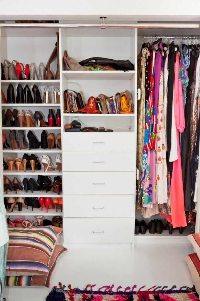 41 best images about diy dressing on pinterest white shelving unit armoires and closet. Black Bedroom Furniture Sets. Home Design Ideas