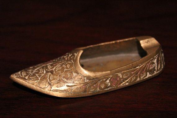 """antico porta cenere da viaggio """"scarpa""""-"""