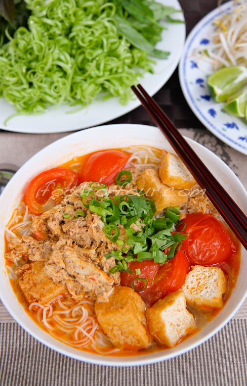 Bún Riêu Cua -Vietnamese Tomato and Crab Noodle Soup : Food For Four