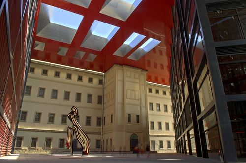 museo reina sofía, old 1769 hospital designed by Francesco Sabatini + extension by Jean Nouvel with b720 Arquitectos and Alberto Medem.